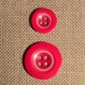 Button red 4-holes 15mm/21mm