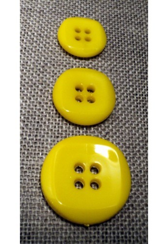 Button yellow 15mm/18mm/23mm 4-holes