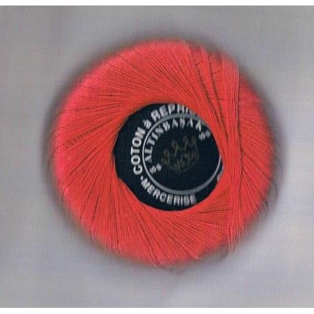Coton à repriser rouge